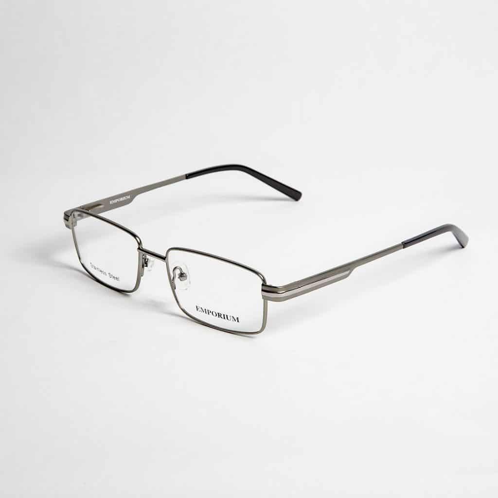 Emporium Eyewear Model: Warren C1